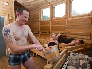Saunaaufguss im BadeWerk